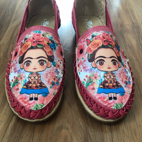 5adc3d1868001 Frida Kahlo Authentic Leather Sandal Boutique
